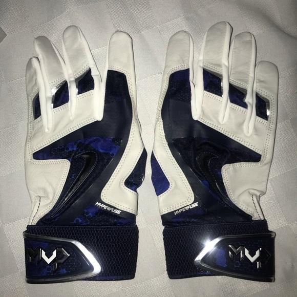 Nike Other - New L NIKE MVP White Blue Baseball Batting Gloves